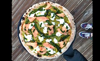 Image de Pizza du Marché - Saumon et Asperges